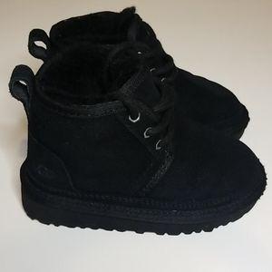 Ugg Kids Neumel II Boot Black Toddlers Size US 8